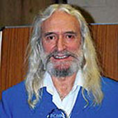 025 Charlie Landsborough